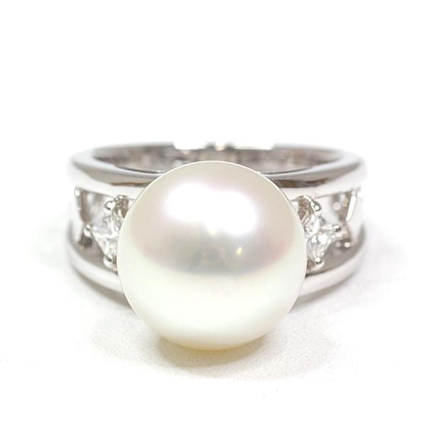 大粒の南洋真珠が美しい 田崎真珠 デザインリング 13号