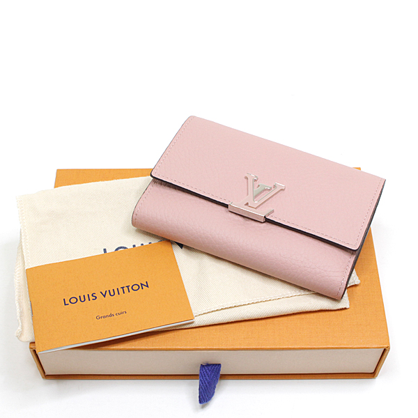 エレガントなコンパクト財布です ルイヴィトン ポルトフォイユ・カプシーヌ コンパクト 三つ折り財布
