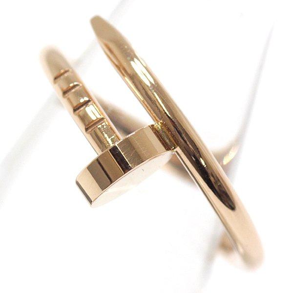 大胆かつモダンなデザインのカルティエ ジュストアンクルリングSM。釘をモチーフにした独創的なリングです。